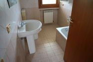 Immagine n8 - Appartamento al terzo piano con garage (sub 39) - Asta 10792