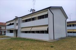Large apartment with garage and cellar - Lot 10794 (Auction 10794)