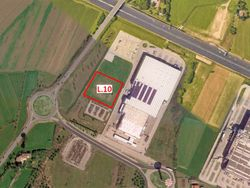 Commercial building land of  ,    m    U.A  C  - Lote 10881 (Subasta 10881)
