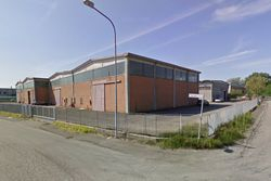 Two buildings for industrial use - Lot 10895 (Auction 10895)