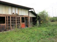 Immagine n1 - Casa indipendente con garage e terreno (PDC in corso di rilascio) - Asta 10899