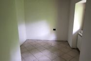 Immagine n3 - Three-room apartment on the second floor - Asta 10909