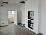Immagine n3 - Ufficio al piano terzo oltre a 5 posti auto - Asta 10914