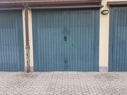 Garage al piano terra (sub 25)