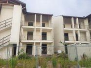 Immagine n2 - Tredici appartamenti con garage allo stato grezzo - Asta 10967