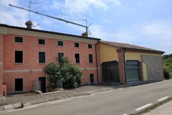 Office with apartment and two warehouses - Lot 10968 (Auction 10968)