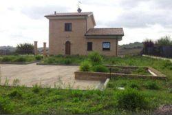 Quota ½ di villa unifamiliare - Lotto 10994 (Asta 10994)