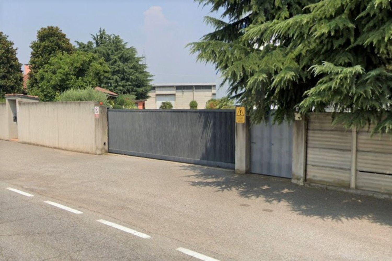 #11005 Capannone artigianale con cortile privato in vendita - foto 5