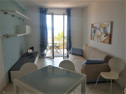 Two room apartment facing the sea n.   with garage - Lote 11021 (Subasta 11021)