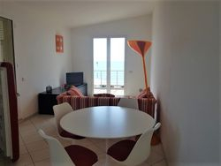 Two room apartment facing the sea n.   with parking space - Lote 11022 (Subasta 11022)