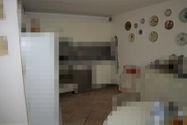 Immagine n6 - Appartamento con giardino, cantine e garage - Asta 11042