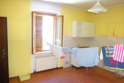 Appartamento trilocale al piano secondo - Lotto 11070 (Asta 11070)