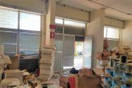 Immagine n1 - Negozio al piano terra e magazzino interrato - Asta 11087