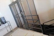 Immagine n6 - Negozio al piano terra e magazzino interrato - Asta 11087