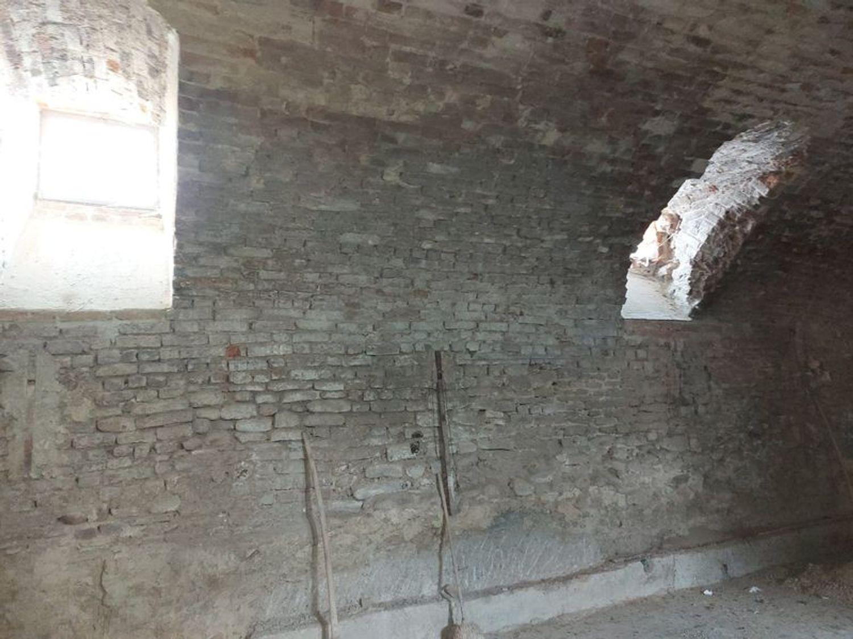 #11095 Locale grezzo al piano interrato con garage (sub 118) in vendita - foto 3