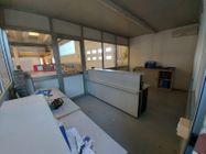 Immagine n3 - Capannone commerciale con ampio piazzale - Asta 11100