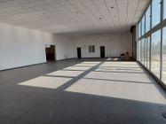 Immagine n6 - Capannone commerciale con ampio piazzale - Asta 11100