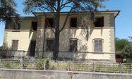 Immagine n0 - Villa unifamiliare su 3 livelli - Asta 11102