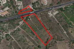 Agricultural land of   ,    square meters with rural buildings - Lote 11141 (Subasta 11141)