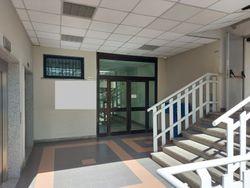 Ufficio al piano primo di un complesso commerciale - Lotto 11171 (Asta 11171)