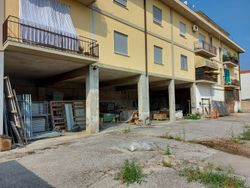 Warehouse deposits with garages and courtyards - Lot 11174 (Auction 11174)