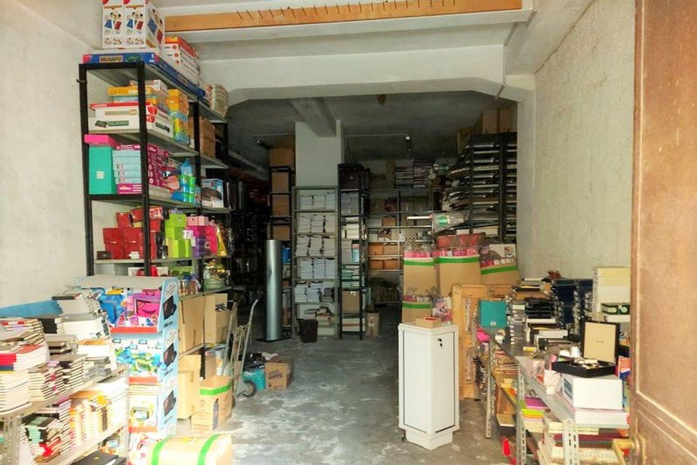 #11220 Ampio magazzino al piano semi, Palermo, Sicilia ...