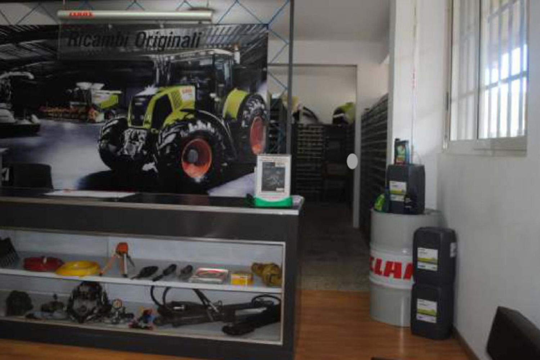 #11227 Fabbricato uso ufficio, magazzino e showroom in vendita - foto 3