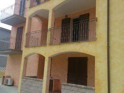 Appartamento al piano primo e posto auto