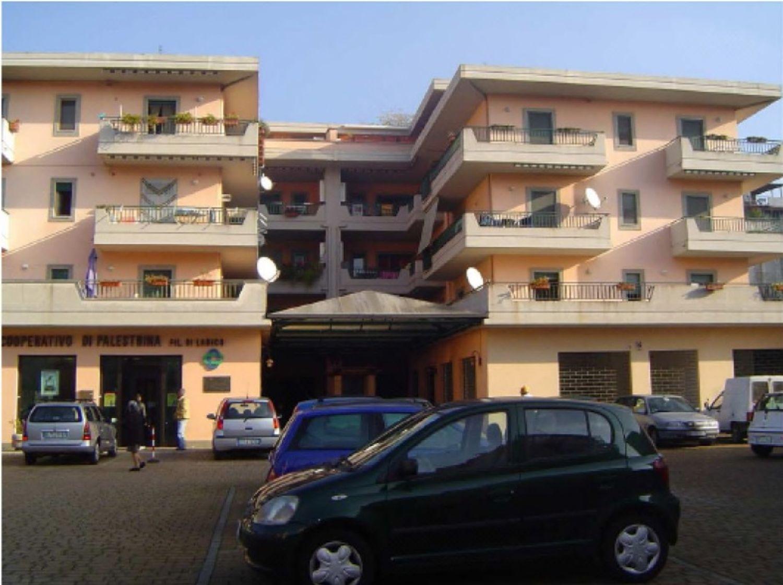 #11310 Magazzino (sub 504) in complesso commerciale