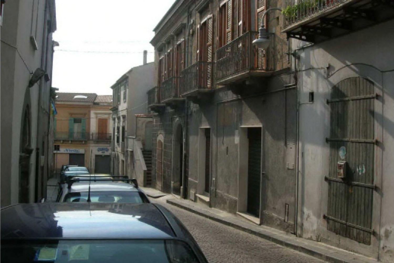 #11337 Negozio in centro storico
