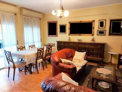 Three room apartment in San Giacomo residential center, with cellar - Lote 11417 (Subasta 11417)