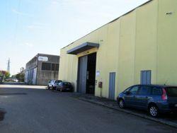 Magazzino con uffici in zona industriale-artigianale - Lotto 1142 (Asta 1142)
