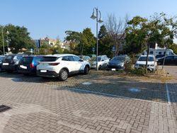 uncovered parking spaces - Lote 11453 (Subasta 11453)