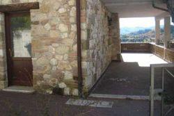 Villetta a schiera con porzione di area urbana