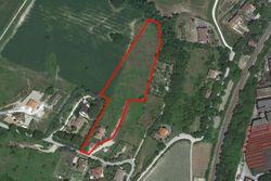 Terreno edificabile con villetta grezza - Lotto 11468 (Asta 11468)