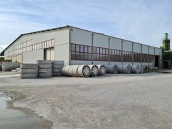 Industrial warehouse of  ,    square meters and land - Lot 11486 (Auction 11486)