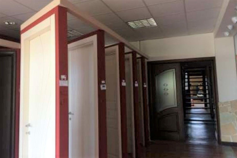 #11527 Opificio con show room in complesso produttivo in vendita - foto 5