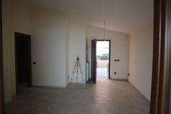 Appartamento piano primo con garage e piscina condominiale - Lotto 11563 (Asta 11563)