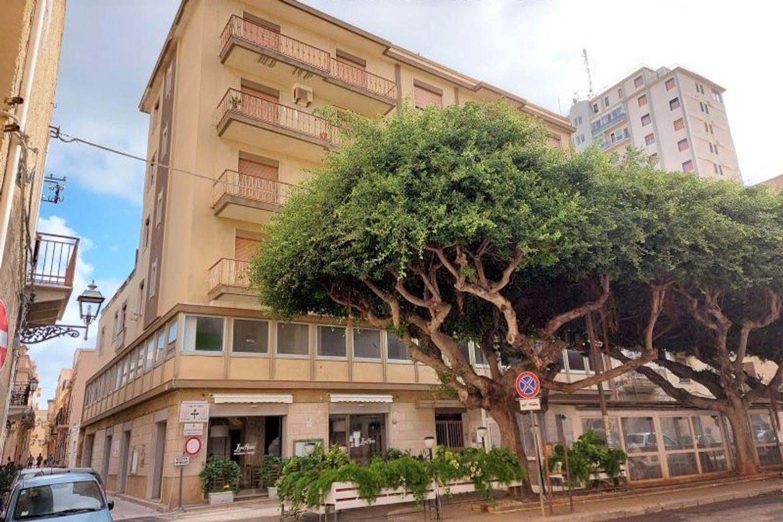 #11567 Locale commerciale piano terra (sub 1) in vendita - foto 2