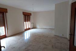 Appartamento al piano secondo (sub 4) - Lotto 11570 (Asta 11570)