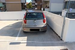 Uncovered parking space on the first floor sub    - Lote 11598 (Subasta 11598)
