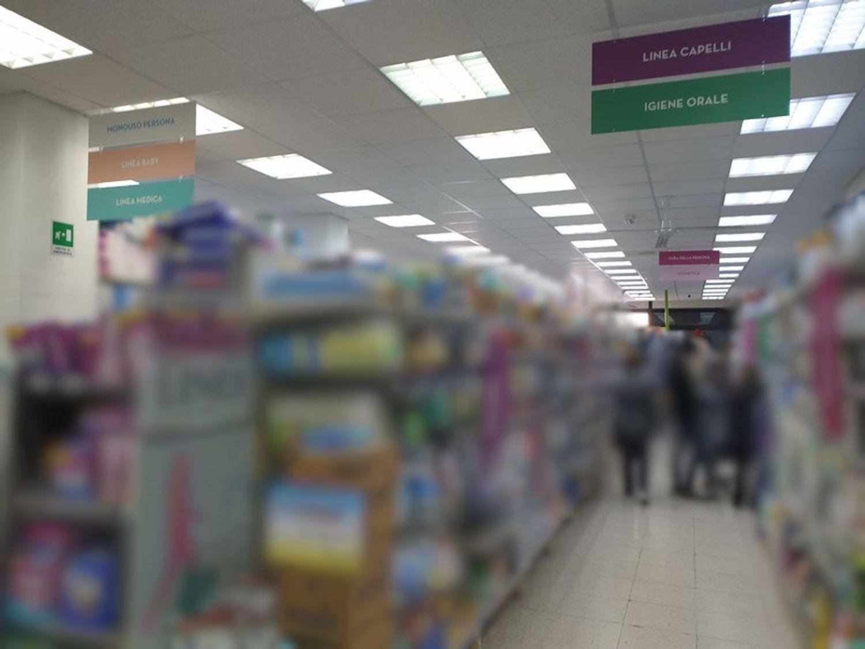 #11603 Locale commerciale al piano terra in vendita - foto 2