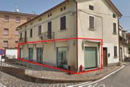 Immagine n0 - Ampio locale commerciale - Asta 11637