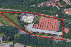 Craft complex with showroom - Lote 11650 (Subasta 11650)