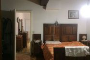 Immagine n2 - Double apartment with agricultural services - Asta 11653