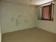 Immagine n13 - Bilocale al piano terra con due posti auto scoperti - Asta 11664