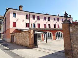 Albergo con ristorante in centro storico