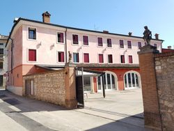 Hotel with restaurant in the historic center - Lot 11713 (Auction 11713)