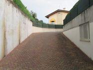 Immagine n4 - Garage, magazzino e quota 1/30 di terreno - Asta 1172