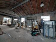 Immagine n20 - Complesso con 2 capannoni, uffici oltre piazzali di deposito - Asta 11738